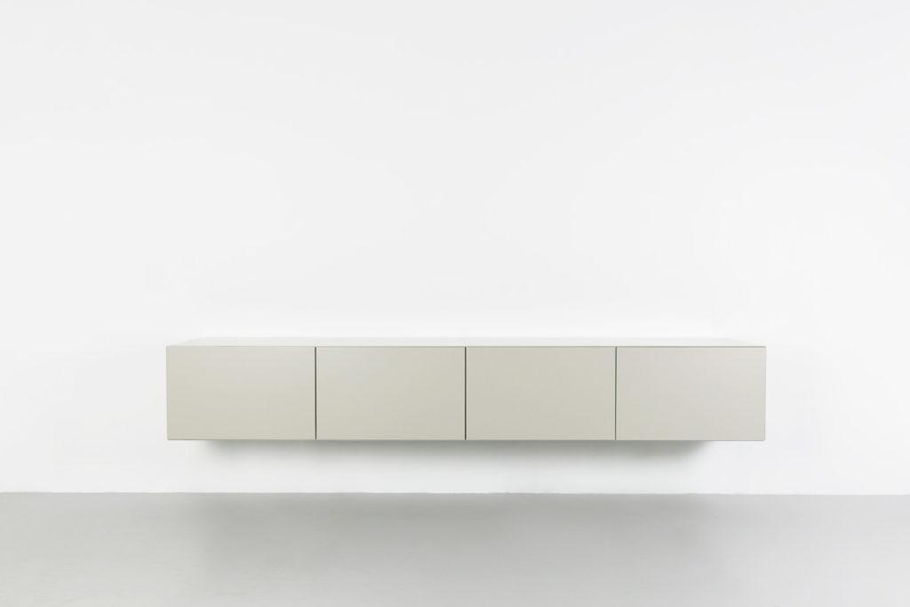 Ikea Boekenkast Tv Meubel.Wat Is De Ideale Hoogte Van Een Tv Meubel Tv Kast Nl